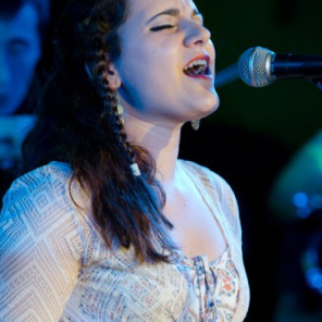 Ami Oprenova